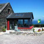 Ferienhaus, Kerry, Irland, A Grá mo Croí Wintergarten von außen, Ferienhäuser mit Meerblick mieten in Irland - Cottages mit Seeblick mieten entlang des Ring of Kerry in Irland