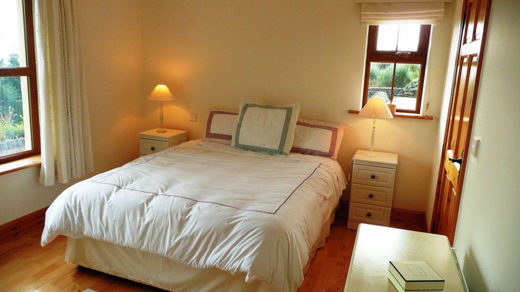 Ferienhaus, Kerry, Irland, Ard na Gaoithe, Schlafzimmer 2, Ferienhäuser mit Meerblick mieten in Irland - Cottages mit Seeblick mieten entlang des Ring of Kerry in Irland