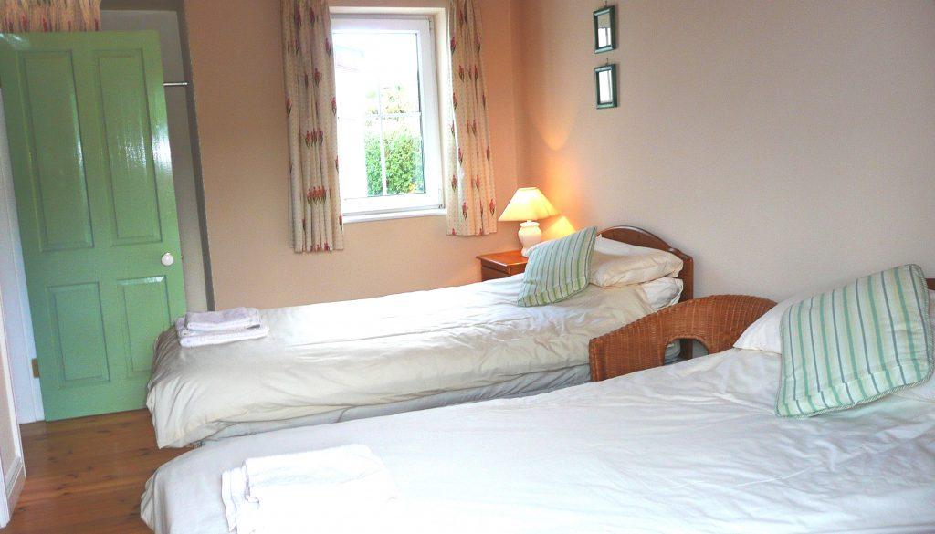 Ferienhaus, Kerry, Irland, Batts Cottage, Schlafzimmer 2 mit Einzelbetten, Ferienhäuser mit Meerblick mieten in Irland - Cottages mit Seeblick mieten entlang des Ring of Kerry in Irland
