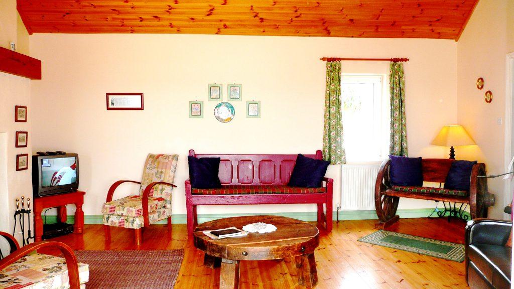 Ferienhaus, Kerry, Irland,Batts Wohnzimmer mit Meerblick, Bild 1, Ferienhäuser mit Meerblick mieten in Irland - Cottages mit Seeblick mieten entlang des Ring of Kerry in Irland