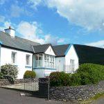 Ferienhaus, Kerry, Irland, Batts Cottage von außen, Ferienhäuser mit Meerblick mieten in Irland - Cottages mit Seeblick mieten entlang des Ring of Kerry in Irland