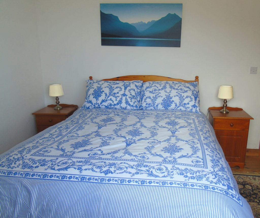 Rent an Irish Holiday Home with Sea View along the Wild Atlantic Way in Kerry, Rent a Cottage with Seaview in Ireland along the Ring of Kerry.