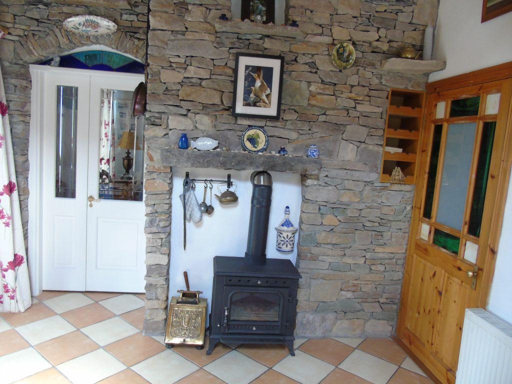 Ferienhaus Heather Cottage mit allen Zimmer im Erdgeschoss. Rent an Irish Holiday Home with Sea View along the Wild Atlantic Way in Kerry, Rent a Cottage with Seaview in Ireland along the Ring of Kerry.