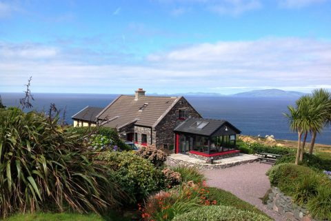 A Grá mo Croí, Sunroom with Sea an Mountain Views, Rent a Cottage in Ireland along the Ring of Kerry