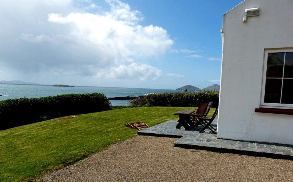 Ferienhaus mit Meerblick, Kerry, Caherdaniel, Irland, Derrynane Haven Aussicht Bild 1, Ferienhäuser mit Meerblick mieten in Irland - Cottages mit Seeblick mieten entlang des Ring of Kerry in Irland