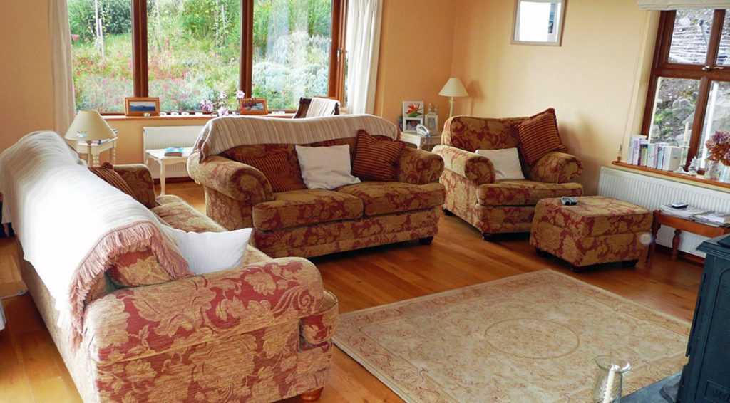 Holiday Cottage, Kerry, Ireland, Ard na Gaiote, Living Room Pict.2, Holiday Home with Sea and Mountain Views for Rent in Ireland along the Ring of Kerry, VRBO