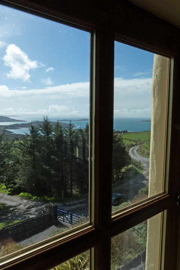 Holiday Cottage, Kerry, Ireland, Ard na Gaiote, Galery with Sea View, Pict. 3, Holiday Home with Sea and Mountain Views for Rent in Ireland along the Ring of Kerry, VRBO