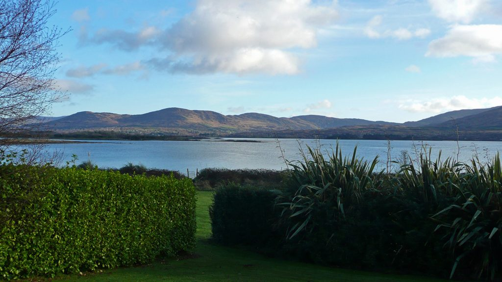 Heron Water Cottage, Sea View from the Garden, Pict. 1. Rent an Irish Holiday Home with Sea View along the Wild Atlantic Way in Kerry, Rent a Cottage with Seaview in Ireland along the Ring of Kerry.