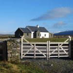 Patricks Beach House, Front Elevation, Pict. 1, Rent an Irish Cottage with Sea View along the Wild Atlantic Way in Kerry