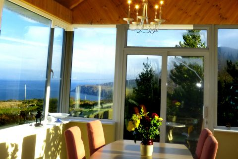St. Ann's, Sunroom with Sea and Mountain Views, Pict. 2. Rent an Irish Cottage with Sea View along the Wild Atlantic Way in Kerry, Rent a Holiday Home with Seaview in Ireland along the Ring of Kerry from www.fir-darrig.net.