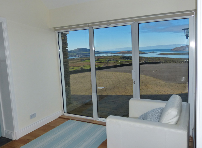 Holiday Home, Kerry, Ireland, Atlantic Dreams 07, Reading Room with Sea View, Pict. 1, Rent an Irish Cottage with Sea View along the Wild Atlantic Way in Kerry, VRBO