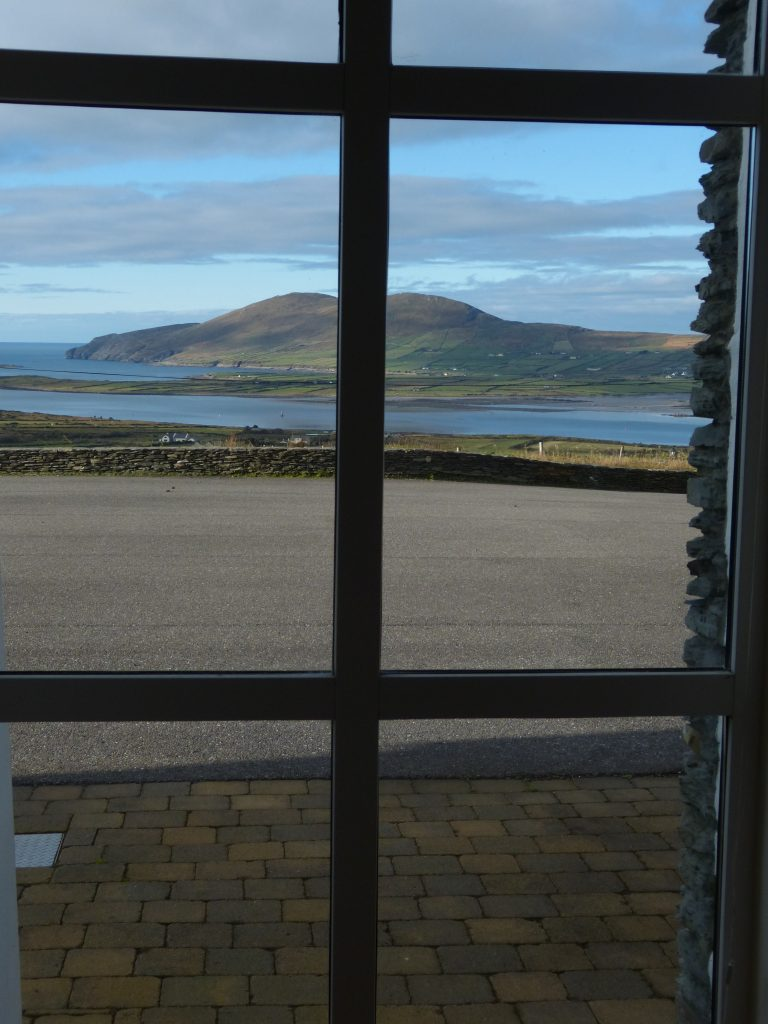 Holiday Home, Kerry, Ireland, Atlantic Dreams 11, Bedroom 2 with Sea View, Pict. 2, Rent an Irish Cottage with Sea View along the Wild Atlantic Way in Kerry, VRBO