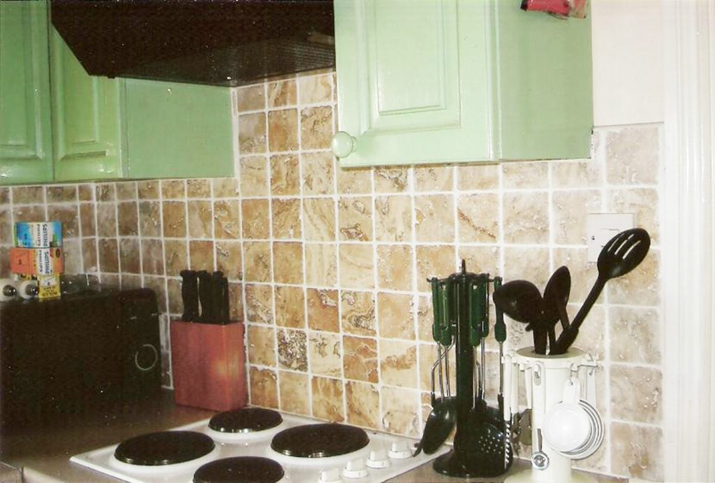 Holiday Home, Kerry, Ireland, Batts Cottage 04, Kitchen, Pict. 2, Rent an Irish Cottage with Sea View along the Wild Atlantic Way in Kerry, VRBO
