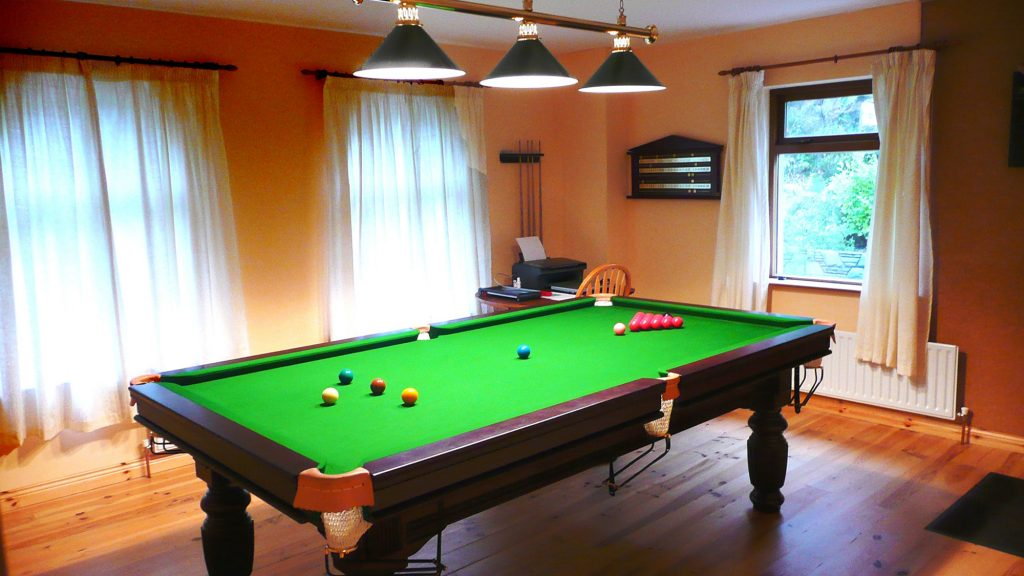Holiday Home, Kerry, Ireland, Dellwood Lodge 09, Play Room Pict. 2, Rent an Irish Cottage with Sea View along the Wild Atlantic Way in Kerry, VRBO