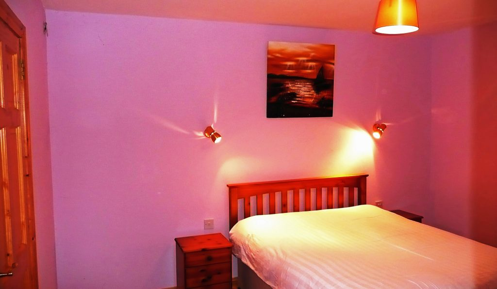 Holiday Home, Kerry, Ireland, Dellwood Lodge 10, Bedroom 1, Pict. 1, Rent an Irish Cottage with Sea View along the Wild Atlantic Way in Kerry, VRBO