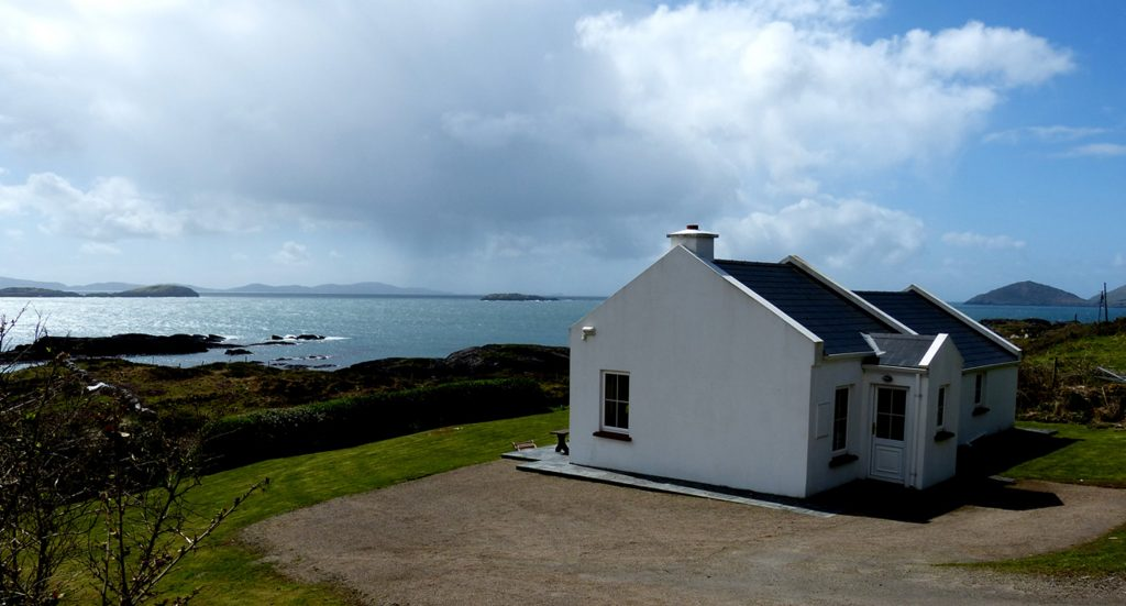 Holiday Home, Kerry, Ireland, Derrynane Haven 08, Side Elevation, Rent an Irish Cottage with Sea View along the Wild Atlantic Way in Kerry