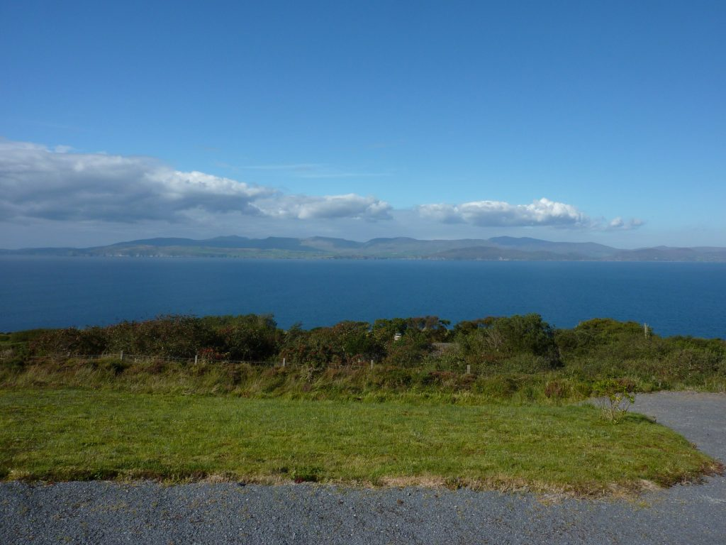 Heather Cottage, Sea View, Pict. 3. Rent an Irish Holiday Home with Sea View along the Wild Atlantic Way in Kerry, Rent a Cottage with Seaview in Ireland along the Ring of Kerry.