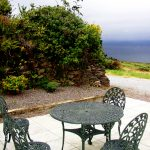 Roads-Cottage-Terrasse, Ferienhäuser mit Meerblick mieten in Irland - Cottages mit Seeblick mieten entlang des Ring of Kerry in Irland