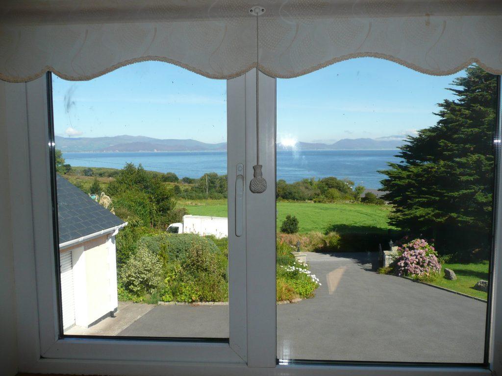 Ferienhäuser mit Meerblick mieten in Irland - Cottages mit Seeblick mieten entlang des Ring of Kerry in Irland, Ferienhaus, Kerry, Irland, Taobh na Greine 11, Schlafzimmer 2 Bild 3