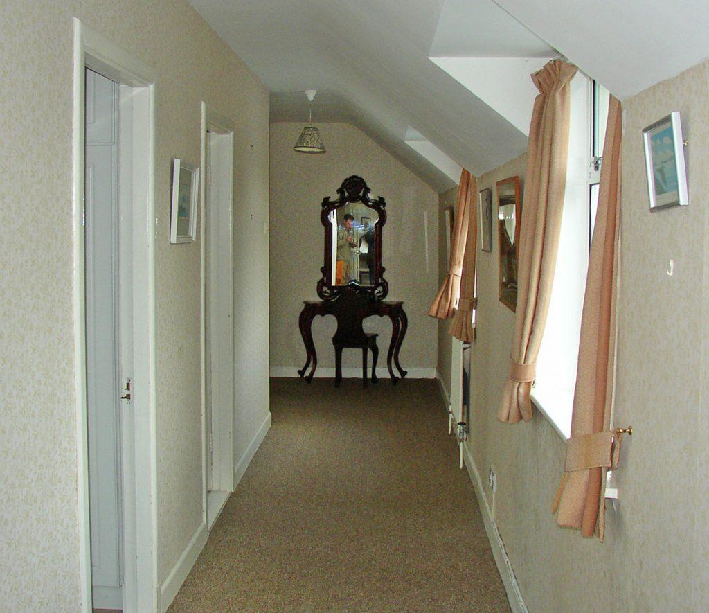 Ferienhäuser mit Meerblick mieten in Irland - Cottages mit Seeblick mieten entlang des Ring of Kerry in Irland, Ferienhaus, Kerry, Irland, Yvonnes 10, obere Diele