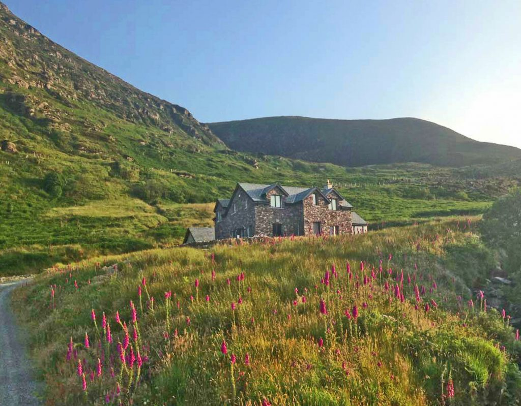 Holiday Home, Kerry, Ireland, Michaels 25, Front Elevation, Pict. 4, Rent an Irish Cottage with Sea View along the Wild Atlantic Way in Kerry