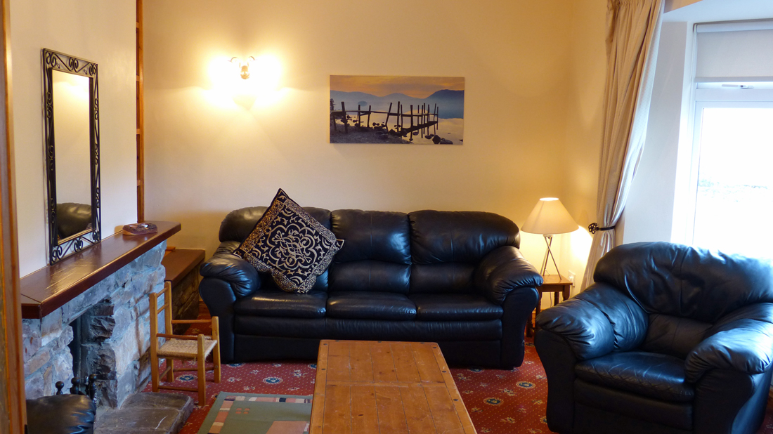 Tig Na Cille, Living Room, Pict. 2. Rent An Irish Cottage With
