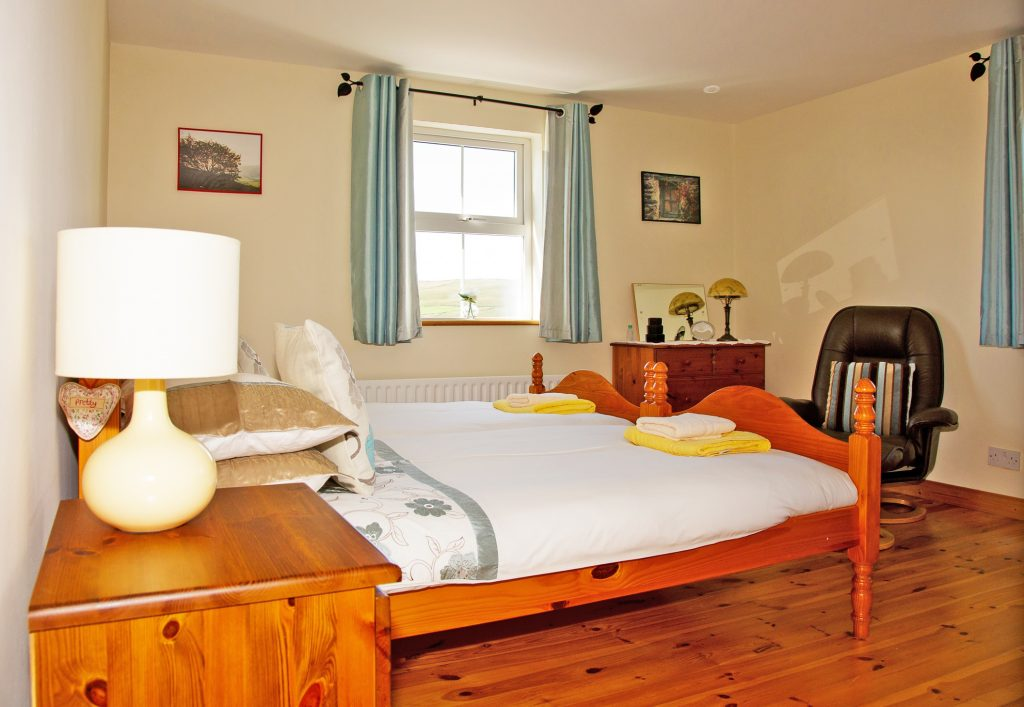 Serenity, Bedroom 1, Holiday Home, Kerry, Ireland