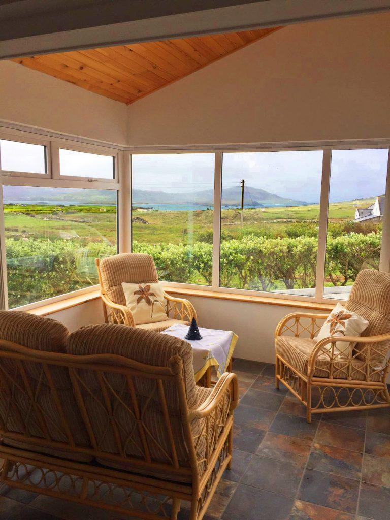 Ferienhaus, Kerry, Irland, Serenity, Wintergarten, Ferienhäuser mit Meerblick mieten in Irland - Cottages mit Seeblick mieten entlang des Ring of Kerry in Irland