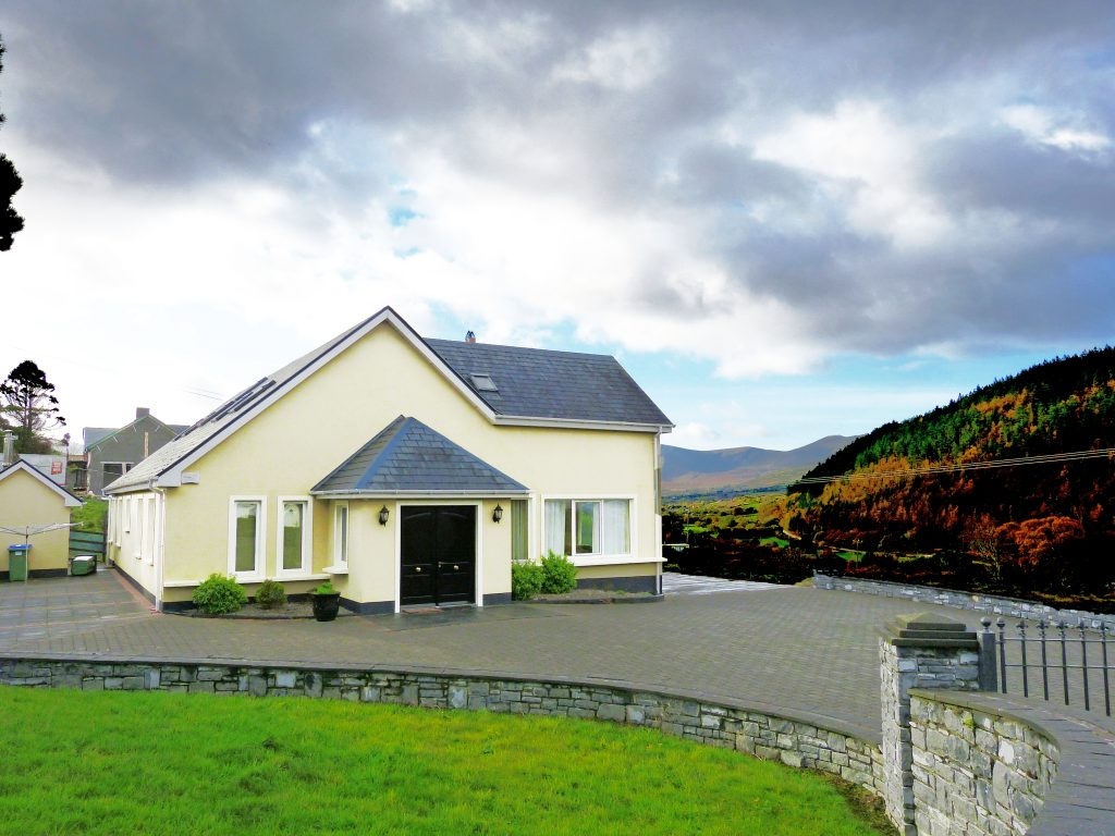 Holiday Home Castle View in Glenbeigh, County Kerry, Irland.