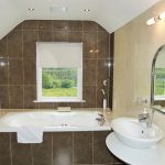 Bath Room to Bedroom three on the first Floor of Holiday Home Castle View in Glenbeigh, County Kerry, Ireland.